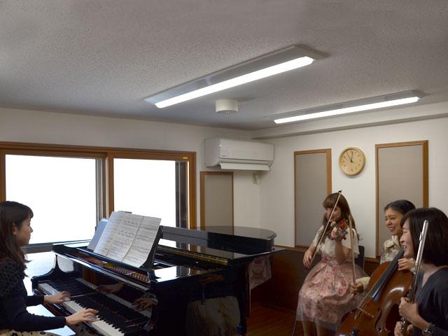 musuc studioMAYS